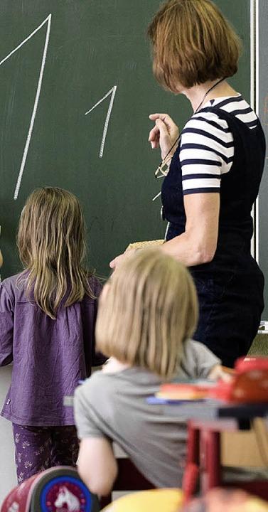 Weniger Kinder –  das bedeutet auch weniger Lehrer.  | Foto: DAPD