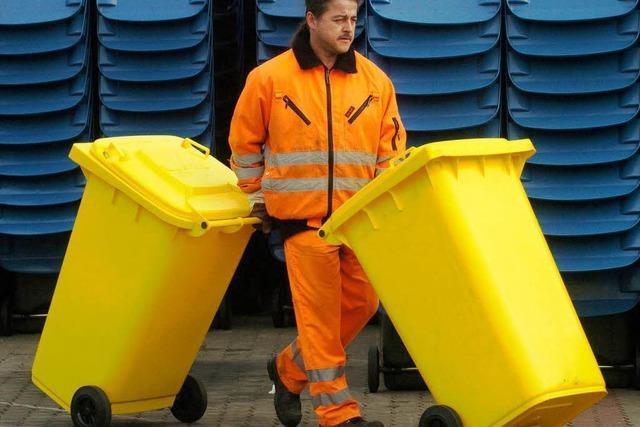Plastikschuhe und Autofelgen sollen künftig in die gelbe Tonne