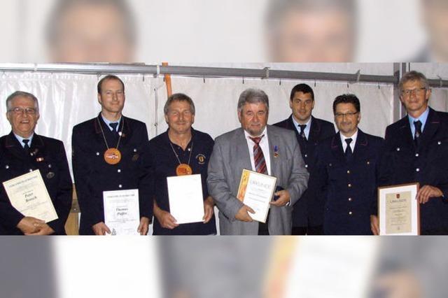 Ehrenmedaille für Bürgermeister Winterhalter