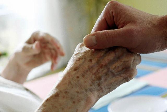 Wer hilft einmal den Alten?
