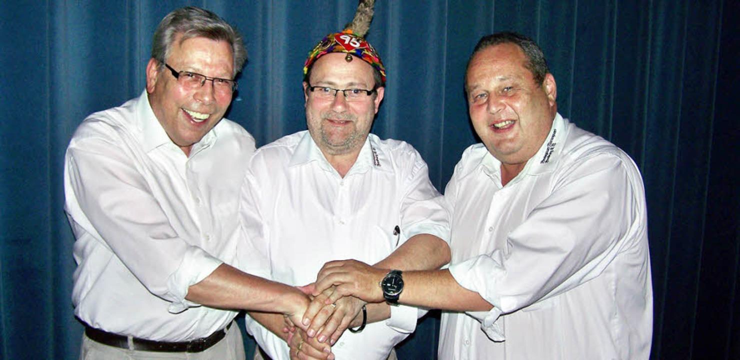Händedruck zum Abschied: BNZ-Oberzunft...d Zunftmeister Klaus Ruh (von links).   | Foto: Hans Siegmund