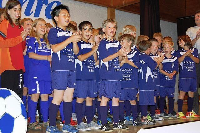 Jubilar FC Binzgen hält Leib und Seele zusammen
