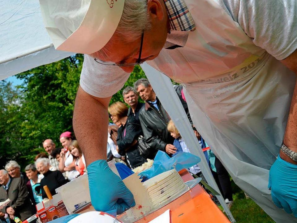 Bürgermeister Helmut Kaiser aus Dachsb...Disziplin der geschickteste Deutsche.   | Foto: Susanne Filz