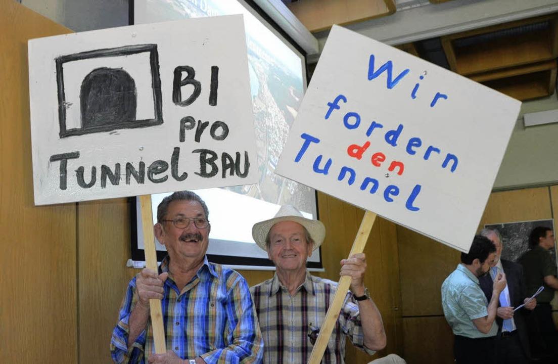 Im Rathaus Rheinfelden wurde bereits f...l man weiterkämpfen für dieses Ziel.    | Foto: Peter Gerigk