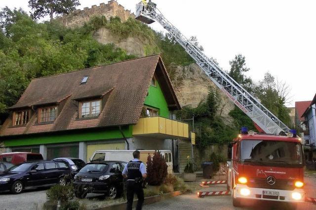 Großer Felsbrocken stürzt in die Marienau