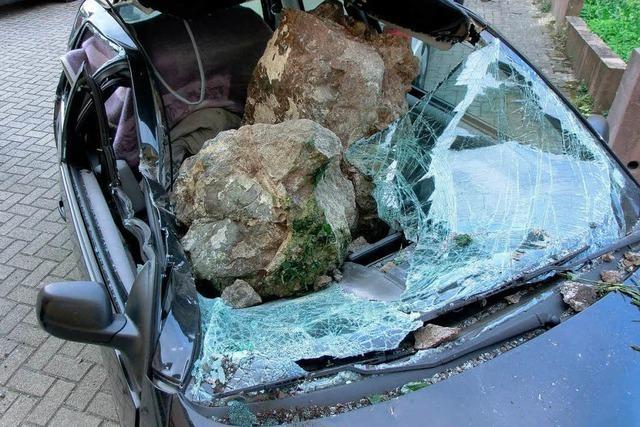 Felssturz auf Auto: Eckartsberg bröckelt an vielen Stellen