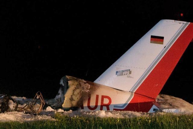 Flugzeug stürzt in Konstanz ab - mehrere Verletzte