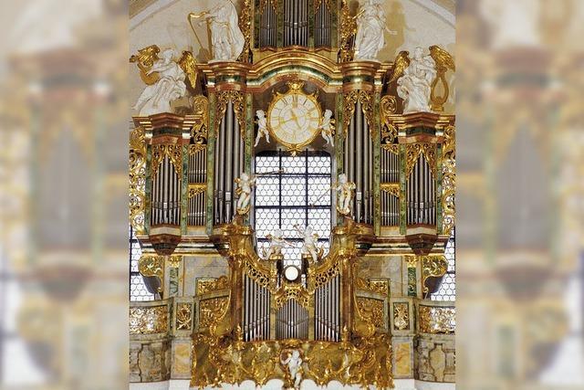Organist David Baskeyfield in St. Peter: Das feine Instrument
