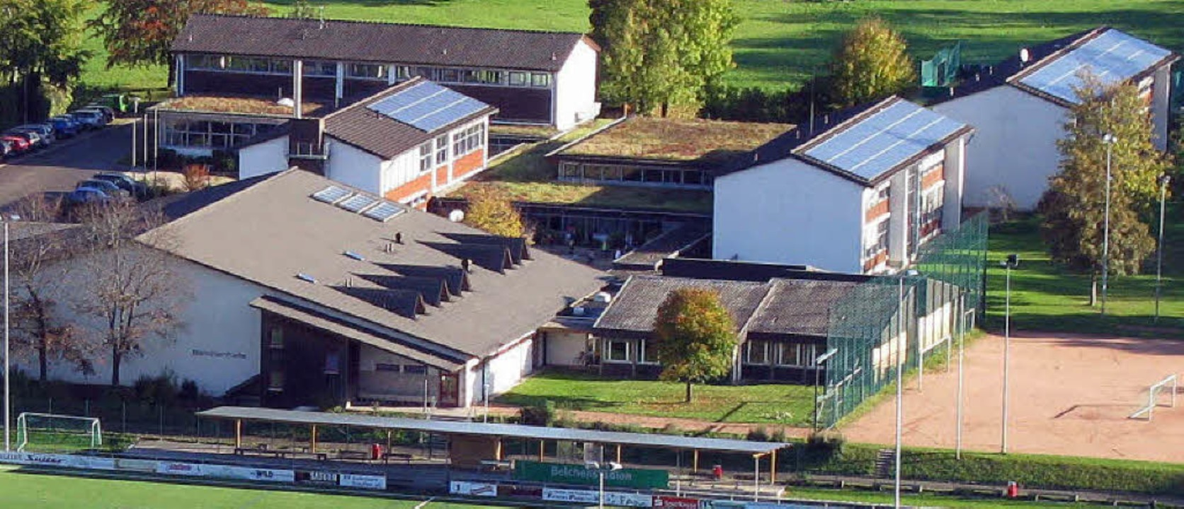 Die Abt-Columban-Grund- und Hauptschul...haftsschule  ist derzeit völlig offen.    Foto: Manfred Lange