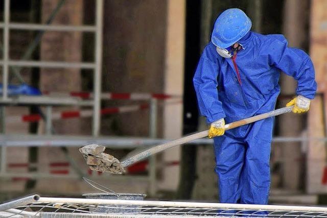 Asbest-Gefahr: Großes Risiko für die Gesundheit