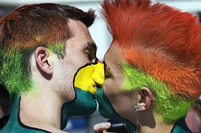 Ruf nach Steuergerechtigkeit für Homo-Ehen