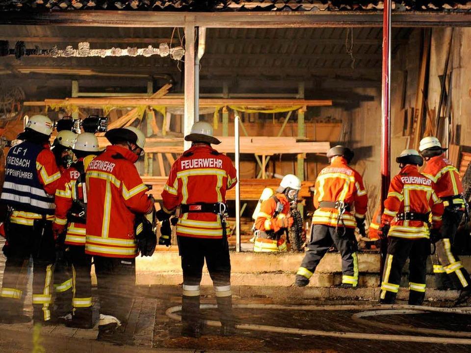 Feuerwehreinsatz in der Breisacher Kup...chreinerei war ein Brand ausgebrochen.  | Foto: Patrick Seeger