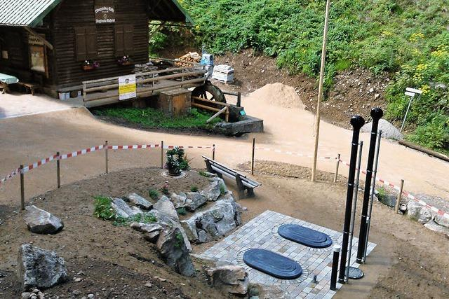 Bergfreunde Münstertal nehmen neue Bio-Kläranlage in Betrieb