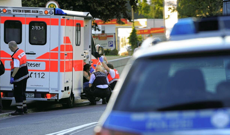 Kunden und eine Angestellte des Supermarkts wurden bei dem Überfall verletzt.     Foto: Patrick Seeger