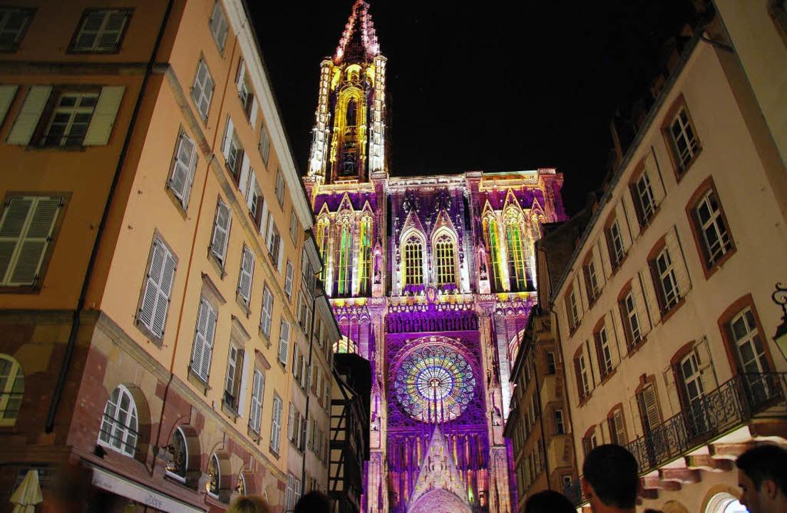 Straßburg Münster Beleuchtung | Das Munster Erstrahlt In Allen Farben Ortenaukreis Badische Zeitung