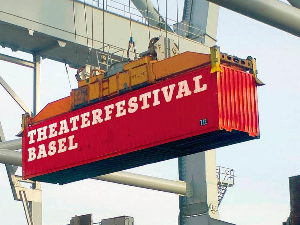 Ausgepackt: Nach sechs Jahren hat Basel wieder ein Theaterfestival.     Foto: zvg/Christian Knörr