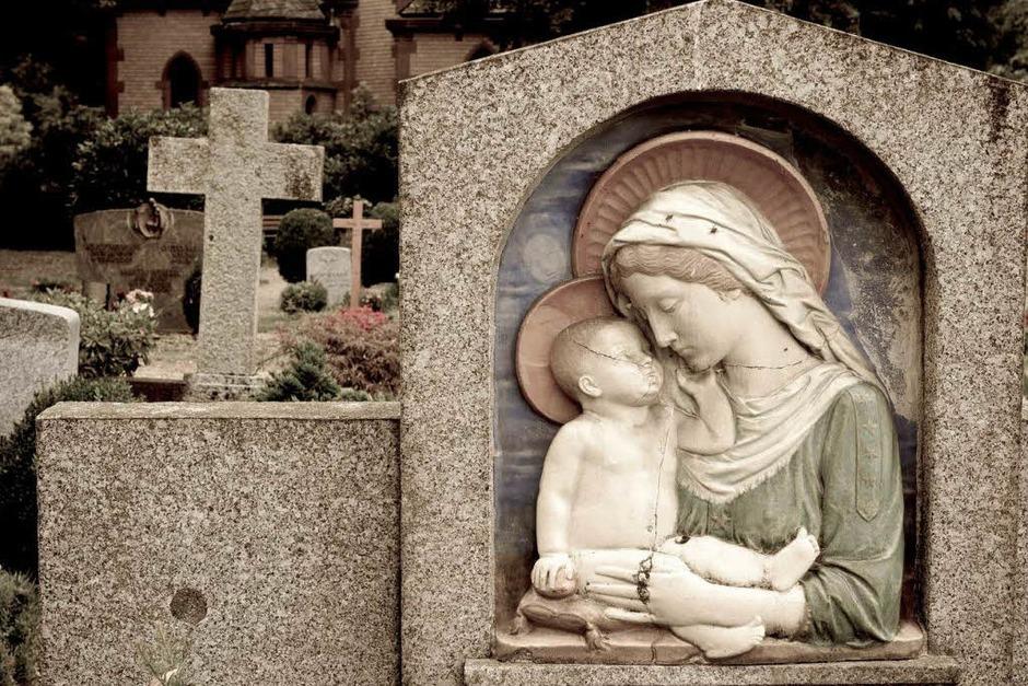 Bestattungskultur auf dem Freiburger Hauptfriedhof (Foto: Carlotta Huber)