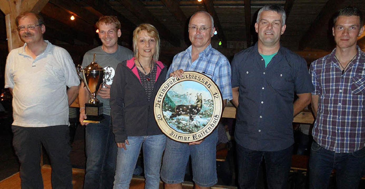 Die Sieger des Pokalschießens der Buch... des SSV Buchenbach, Christian Hog.       Foto: JOSEF FALLER