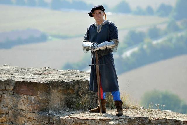 Burgführung im mittelalterlichen Gewand