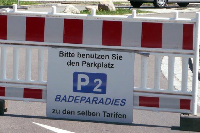 Wenn's überläuft, parkt man auch am Bad
