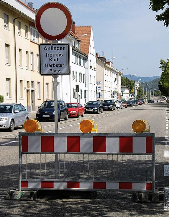 Schwarzwaldstraße: Die Fahrt stadtausw... bis zur Karl-Herbster-Straße möglich.  | Foto: Nikolaus Trenz