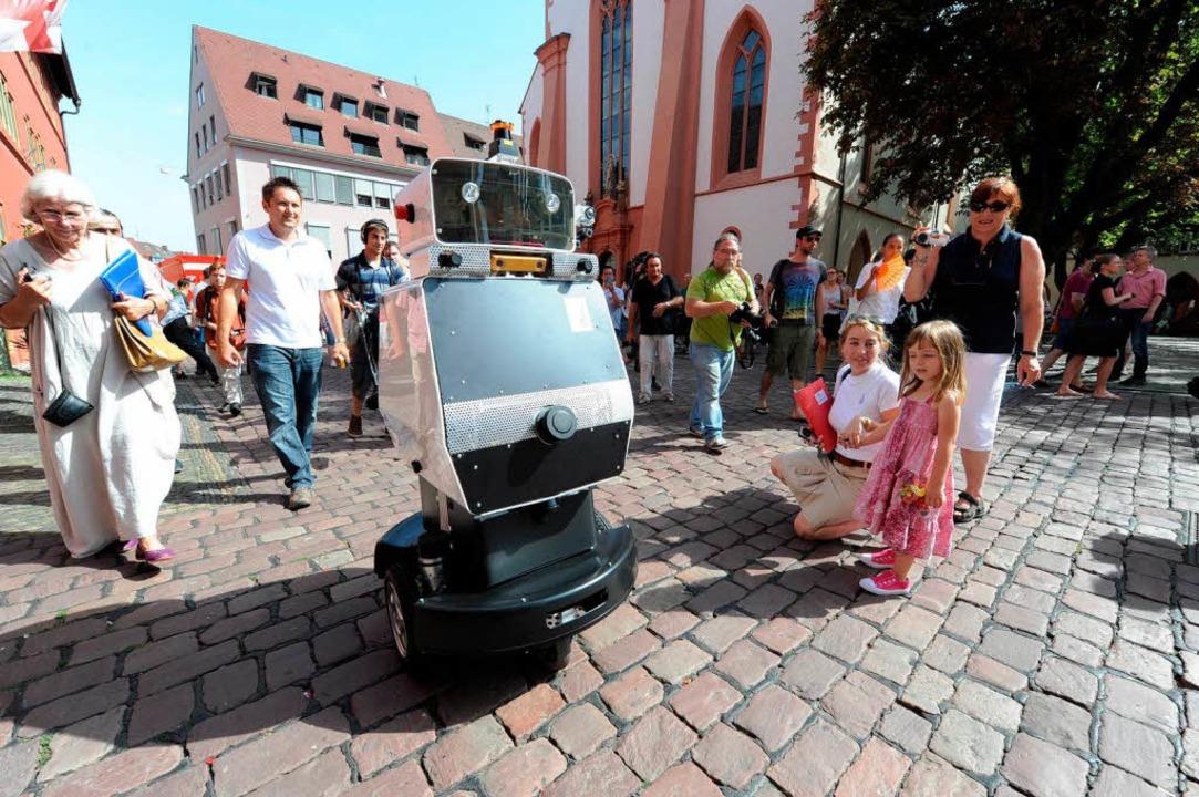 Obelix hält sich an die Straßenregeln.  | Foto: rita eggstein