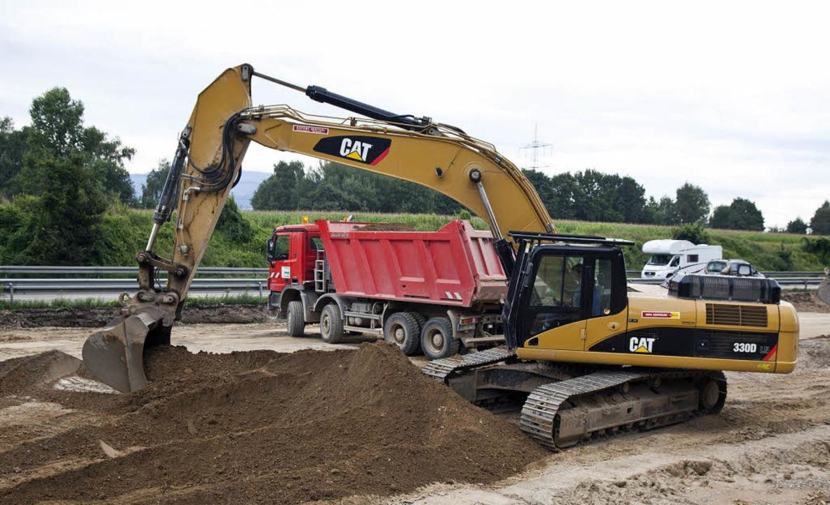 Die Einnahmen durch die Vignette sollen dem Straßenbau neuen Schwung verleihen  | Foto: Dominic Rock