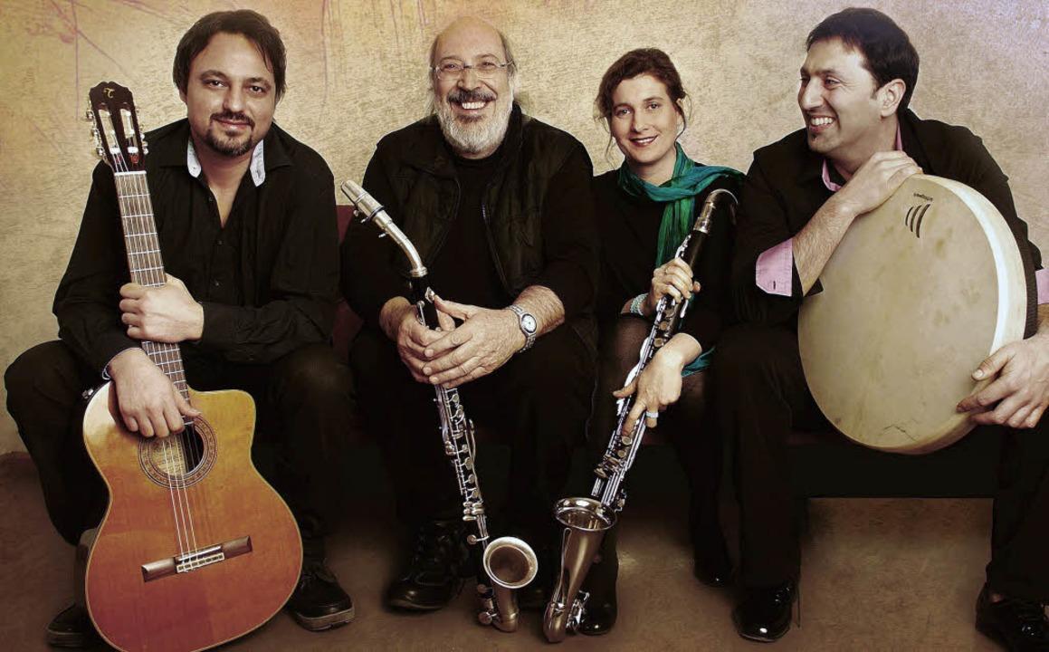 Ensemble Fisfüz mit Gianluigi Trovesi (2. v.l.)   | Foto: promo