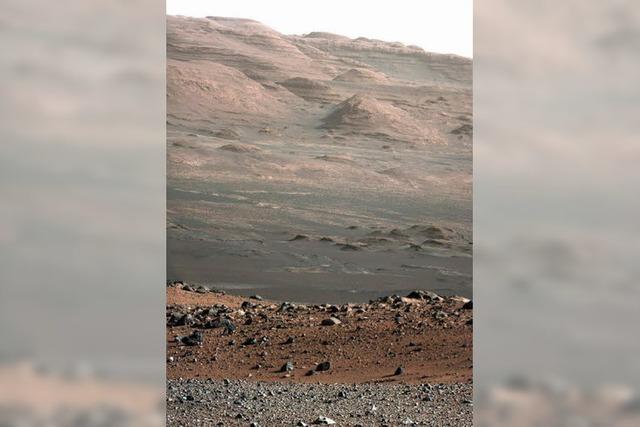 Mars-Roboter Curiosity startet Erkundungstour