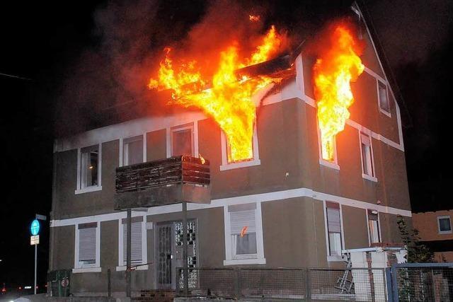 Wohnungsbrand in Dinglinger Hauptstraße – 100.000 Euro Schaden