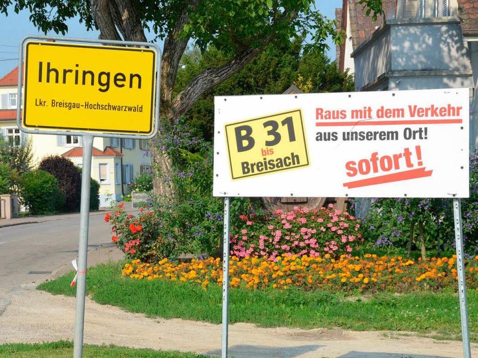 Nicht nur in Ihringen  fordern  Anwohner den Weiterbau der B 31 West.  | Foto: Agnes Pohrt
