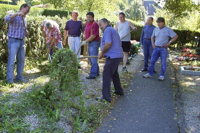 Einsatz auf dem Kuhbacher Friedhof