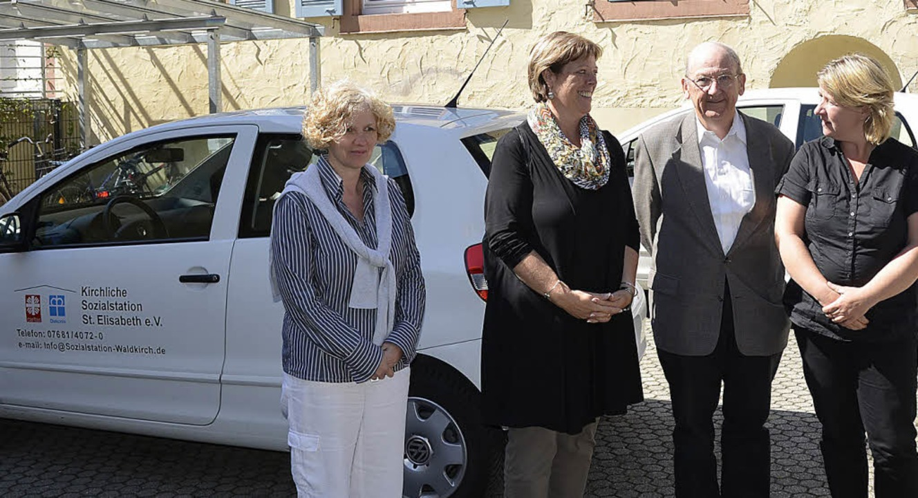 Petra Spaniol-Höffner (links), Pfleged...r Landtagsabgeordneten Sabine Wölfle.   | Foto: Sylvia Timm