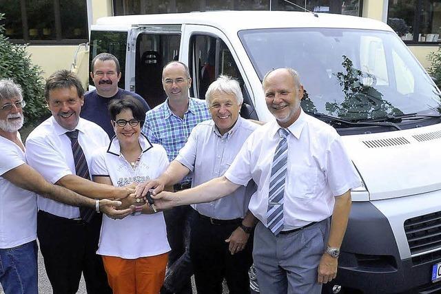 Bildungszentrum erhält neuen Schulbus