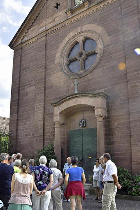 Einblicke in die katholische Josefskir...er Ohmberger (Mitte) einzigartig ist.     Foto: Jacqueline Grundig (2)/Frank Kiefer