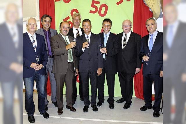 50 Jahre, dreimal so viele Gäste