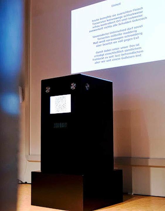 Wird jetzt in Freiburg aufgestellt: die Reimbox   | Foto: Hanspeter Trefzer