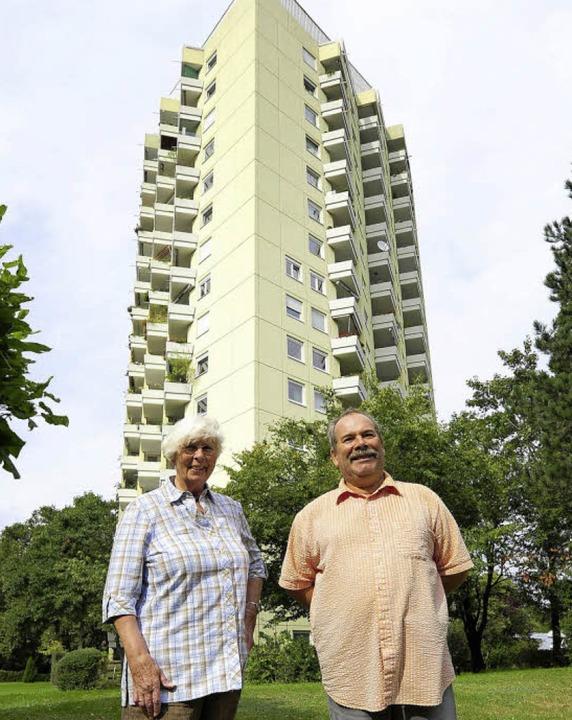 Marianne Holm lebt im Haus, seit es st...t mit dafür, dass es in Schuss bleibt.  | Foto: Ingo Schneider