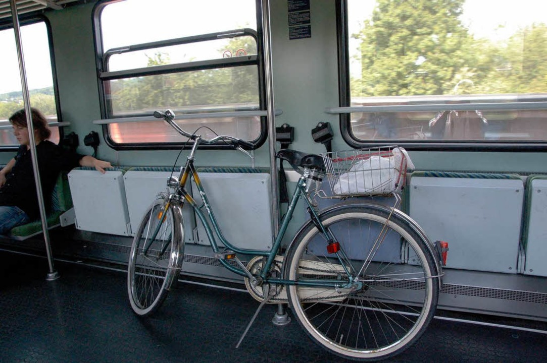 Wer im Zug ein Fahrrad transportiert, ... Auf Kulanz zu hoffen, ist trügerisch.  | Foto: truöl