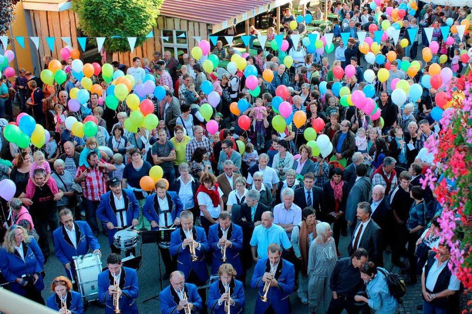 Ein Fest zum Genießen und Feiern: das 18. Bötzinger Dorf- und Weinfest. (Foto: Mario Schöneberg)