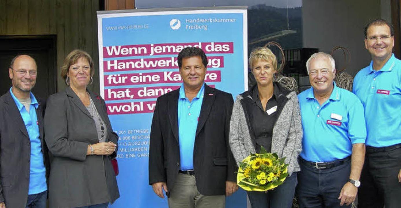 Die Führung der Handwerkskammer Freibu...ubnell (Kreishandwerksmeister) (v.li.)  | Foto: Nikolaus Bayer