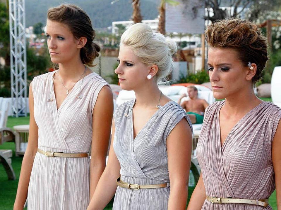 Impressionen vom Casting: Mira Zai (ob... und beim Freizeit-Programm auf Ibiza.  | Foto: Richard Hübner