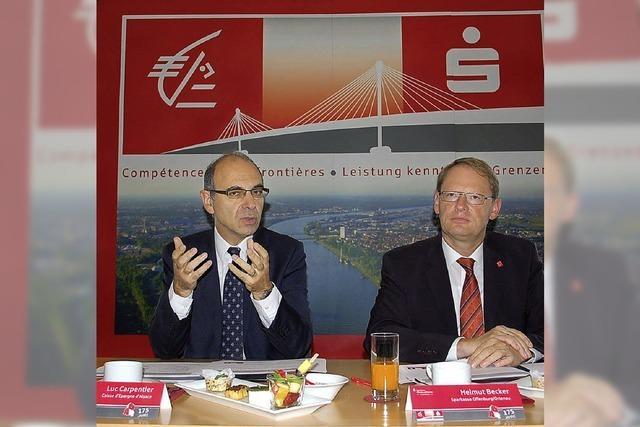 Sparkasse kooperiert über den Rhein