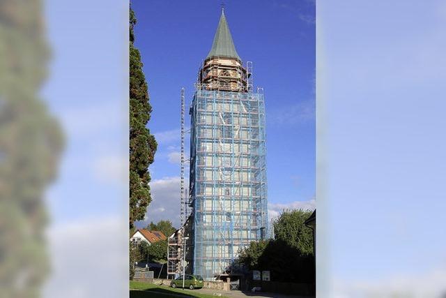 Sankt-Gallus-Kirchturm ist verpackt
