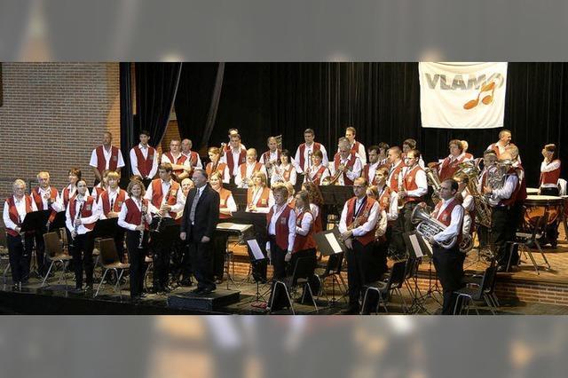 Belgisches Orchester spielt in Schollach