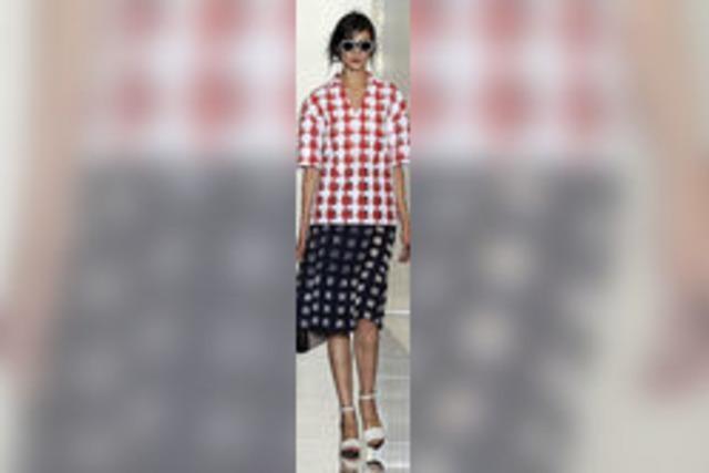 Klare Schnitte dominieren die Mailänder Modewoche