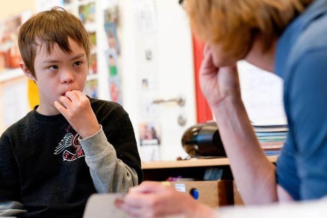 Gehörlose Kinder sprechen ohne Worte
