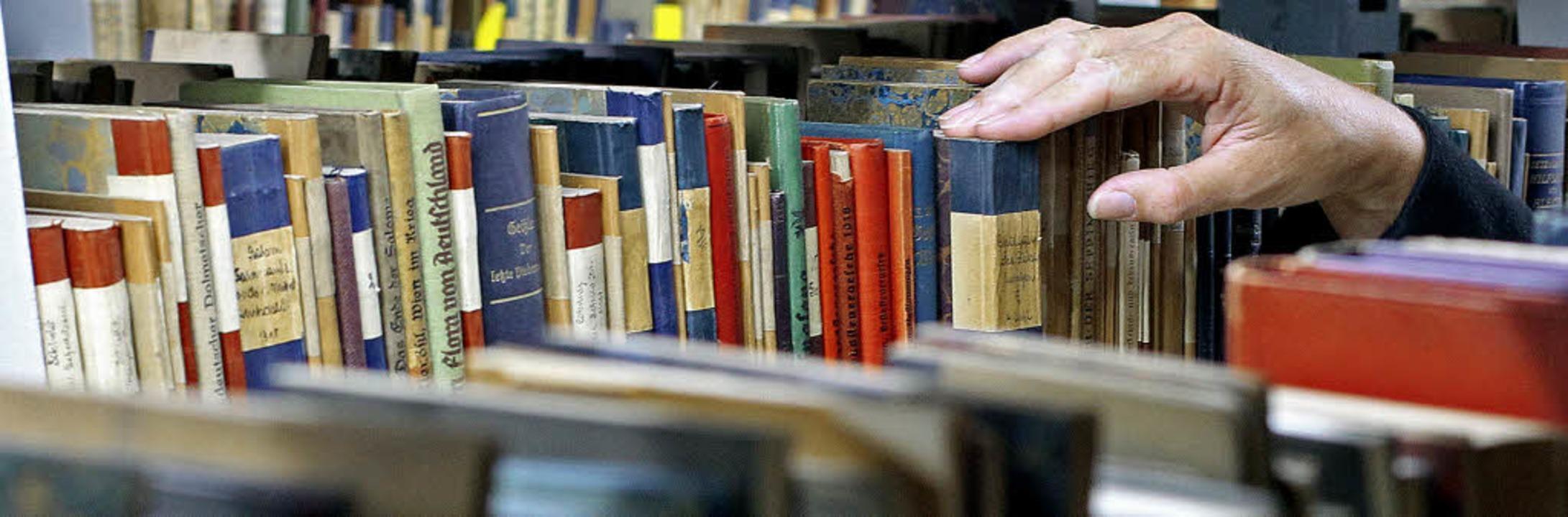 Bekommt Philip Roth den Nobelpreis für... Die Buchhändler im Landkreis rätseln.  | Foto: DAPD/AFP/DPA(2)/BZ