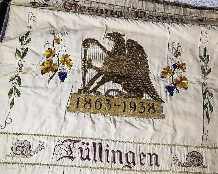 Eine Vereinsfahne aus de Ausstellung im Dreiländermuseum  | Foto: Gabriele Reinhardt