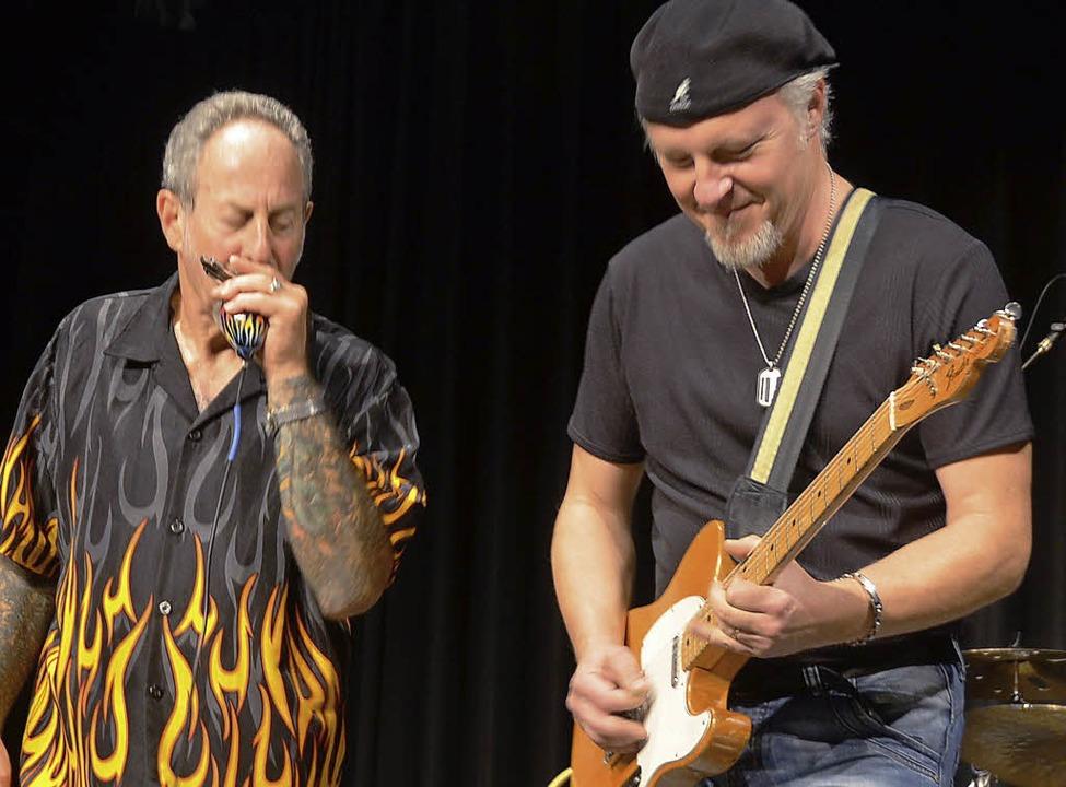 Gitarrist Fred Chapellier und Mark Wen...awks machem am Ende gemeinsame Sache.   | Foto: Adrian Steineck